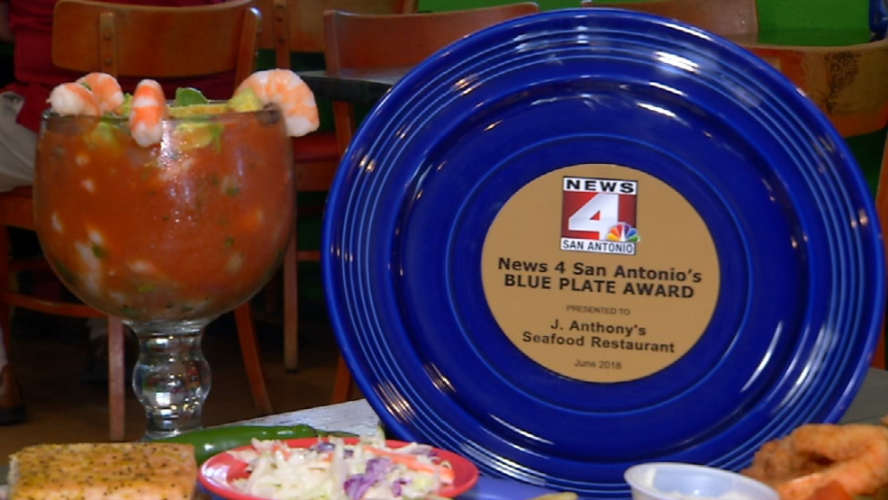 An old time seafood restaurant gets a blue plate award for for 4 designhotel anthony s