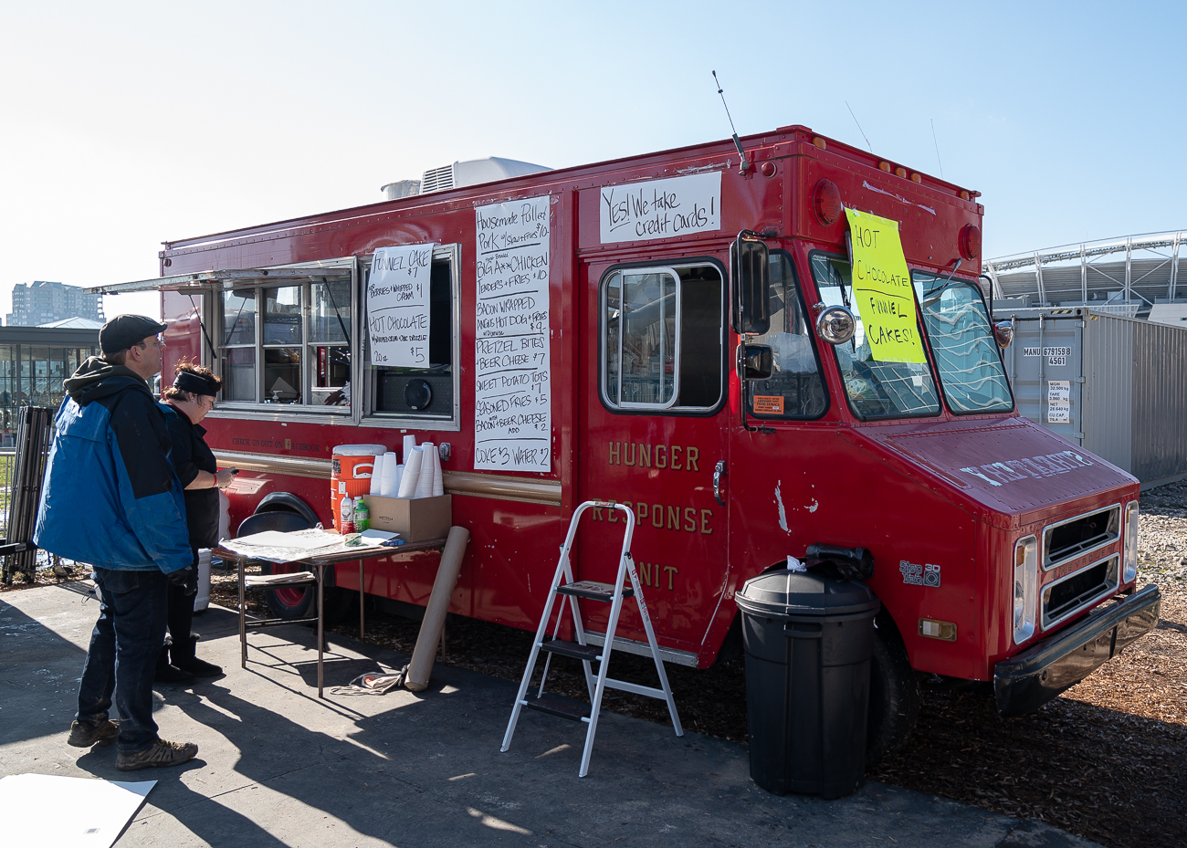 Hungry? Grab a bite to eat at a nearby food truck. / Image: Phil Armstrong, Cincinnati Refined // Published: 1.6.20