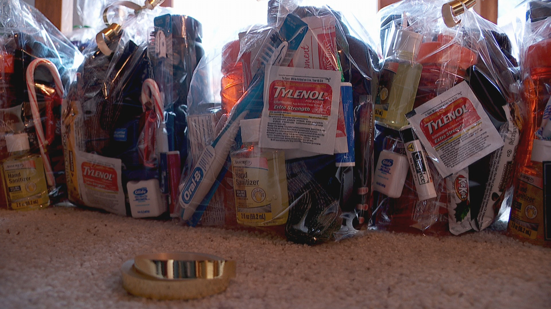 Pay it Forward: Teen gathers care packages for homeless youth (Photo: KUTV)