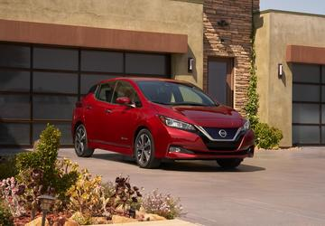 Nissan turns over new Leaf with more range, lower price