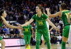 P12_Oregon_Washington_Basketball__vcatalani@fisherinteractive.com_3.jpg