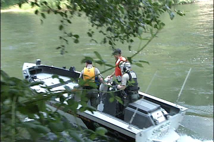 A body was recovered from the McKenzie River near Armitage Park on Wednesday, August 9, 2017. (SBG)
