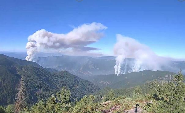 Photo of smoke plumes from the Eagle Creek Fire (left) and Indian Creek Fire - Mt Hood Natl Forest photo.jpg
