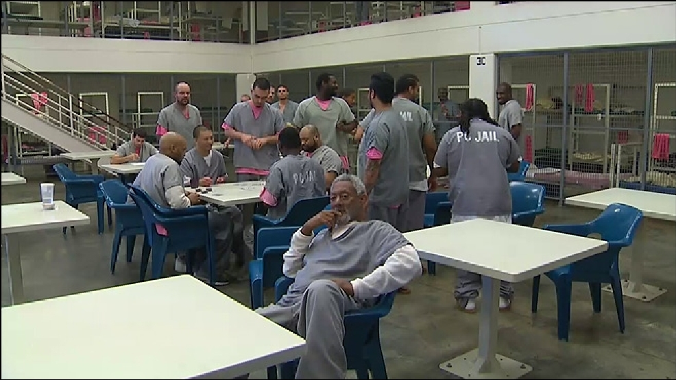 Financial woes could lead to layoffs at Pierce County jail | KOMO