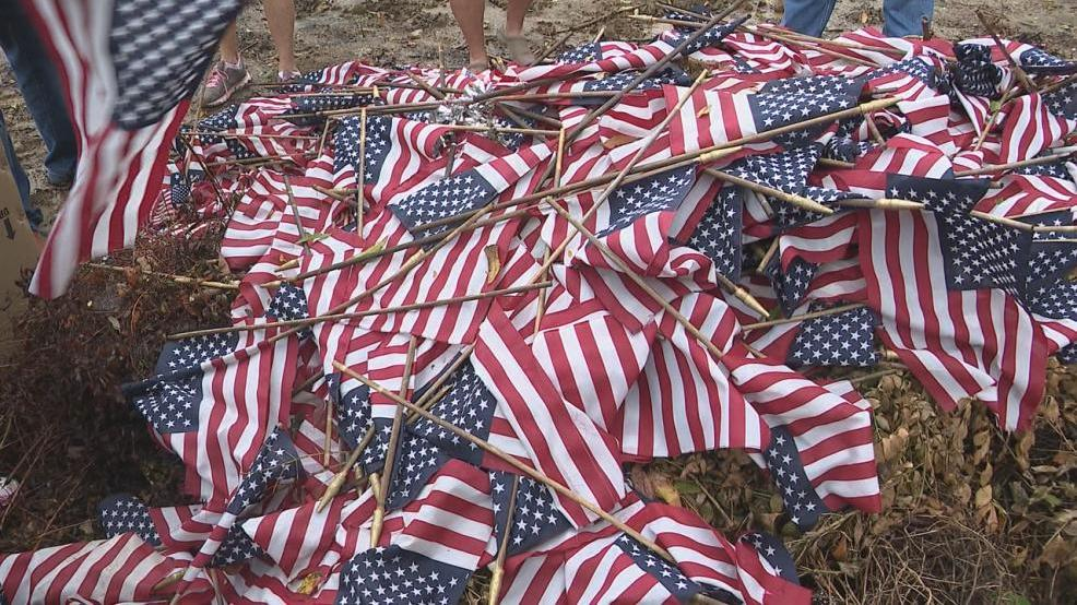 Discarded US flags 3.jpg