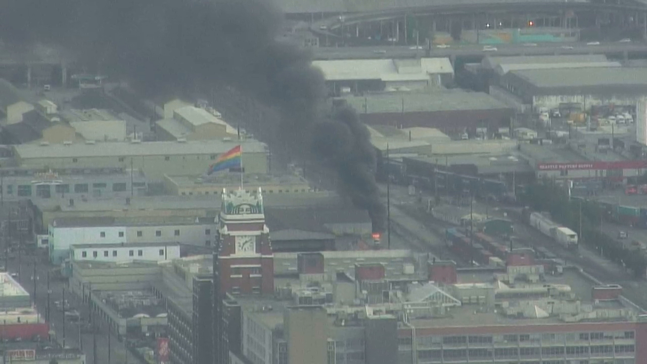 An RV fire sent a huge plume of black smoke billowing over Seattle's SODO neighborhood Wednesday night, June 20, 2018. (Photo: KOMO News)