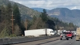 Crash closes I-5 southbound near Gold Hill