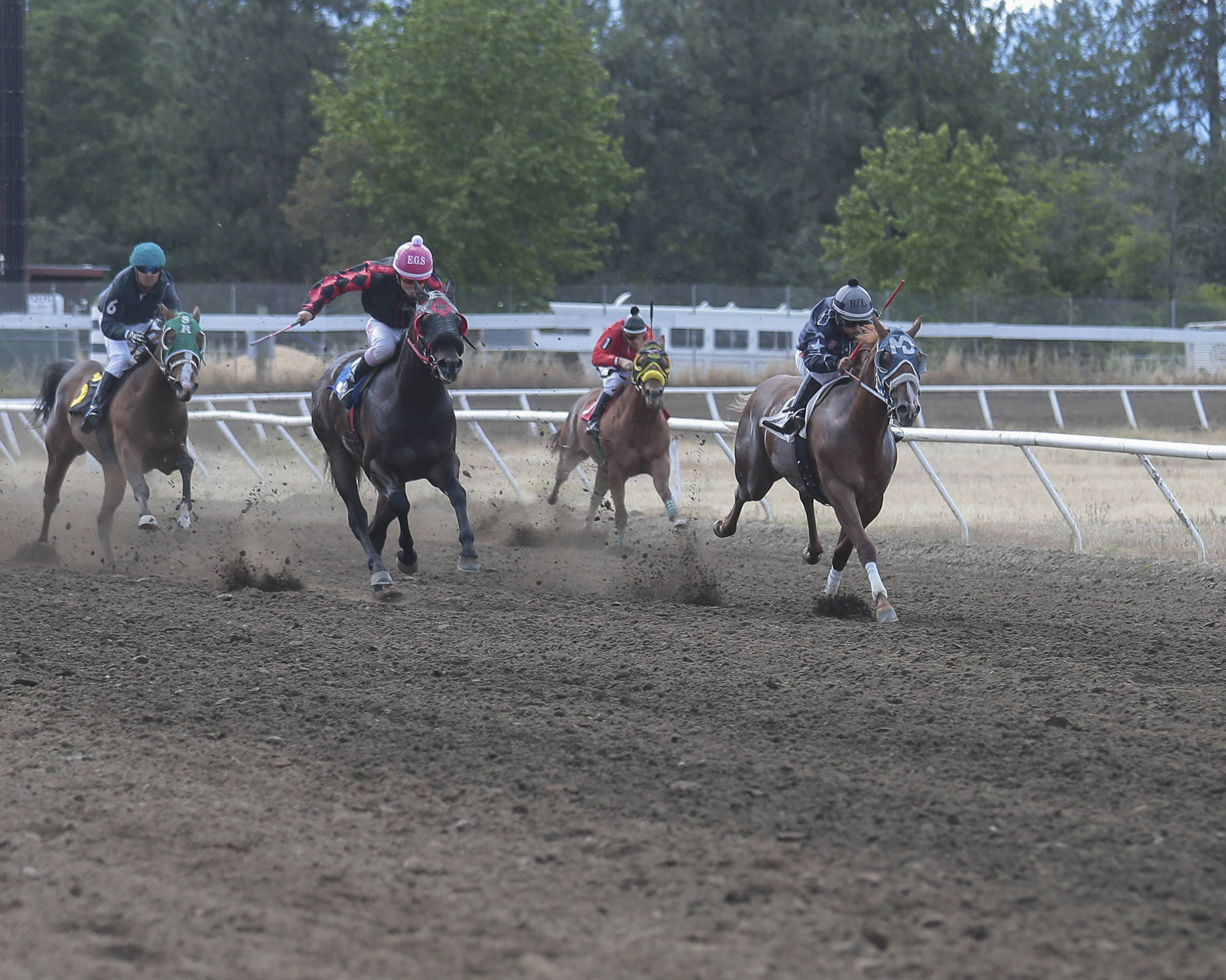 Horse Racing at Grants Pass Downs on Sunday.   [PHOTO BY:  LARRY STAUTH JR]