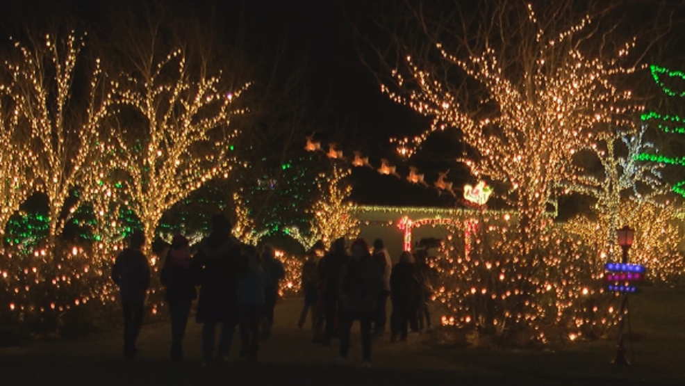 Local family puts on one of the best Christmas light displays in the ...
