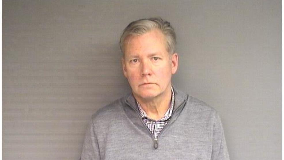 'To Catch a Predator' host Chris Hansen arrested for larceny