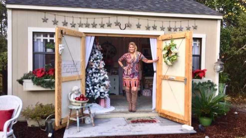 She Shed: A Womanu0027s Backyard Getaway