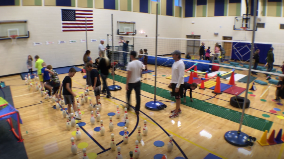 elementary obstacle course helps keep kids active khgi
