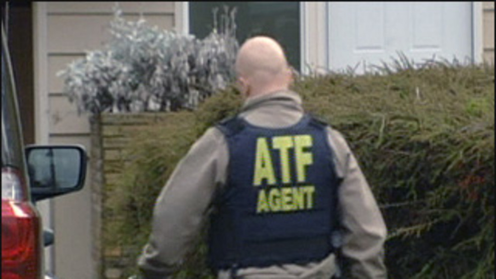 Federal Agents Arrest 2 Men Accused Of Trying To Buy AK 47 Rifles Send The Guns Mexico