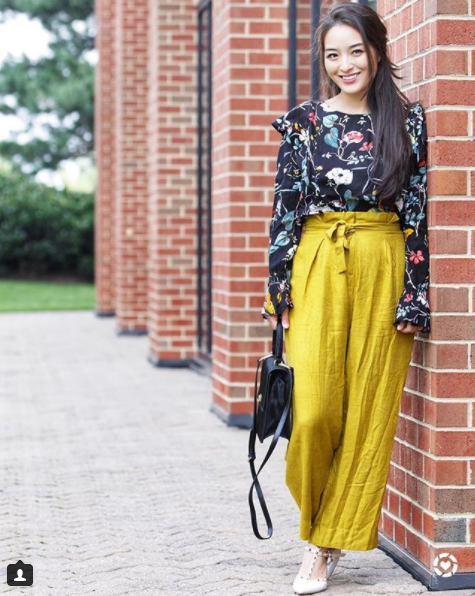 Again with the high-waisted pants love! Also, Kimberly pulls off mustard yellow better than just about anyone we know! (Image: Courtesy IG user @sensiblestylista/ www.instagram.com/sensiblestylista/)<p></p>