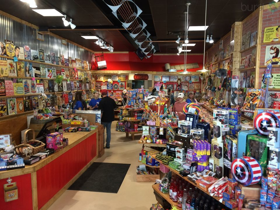 Retro candy and pop store Rocket Fizz is now open on the Kalamazoo Mall. Rocket Fizz is a chain that started in California.