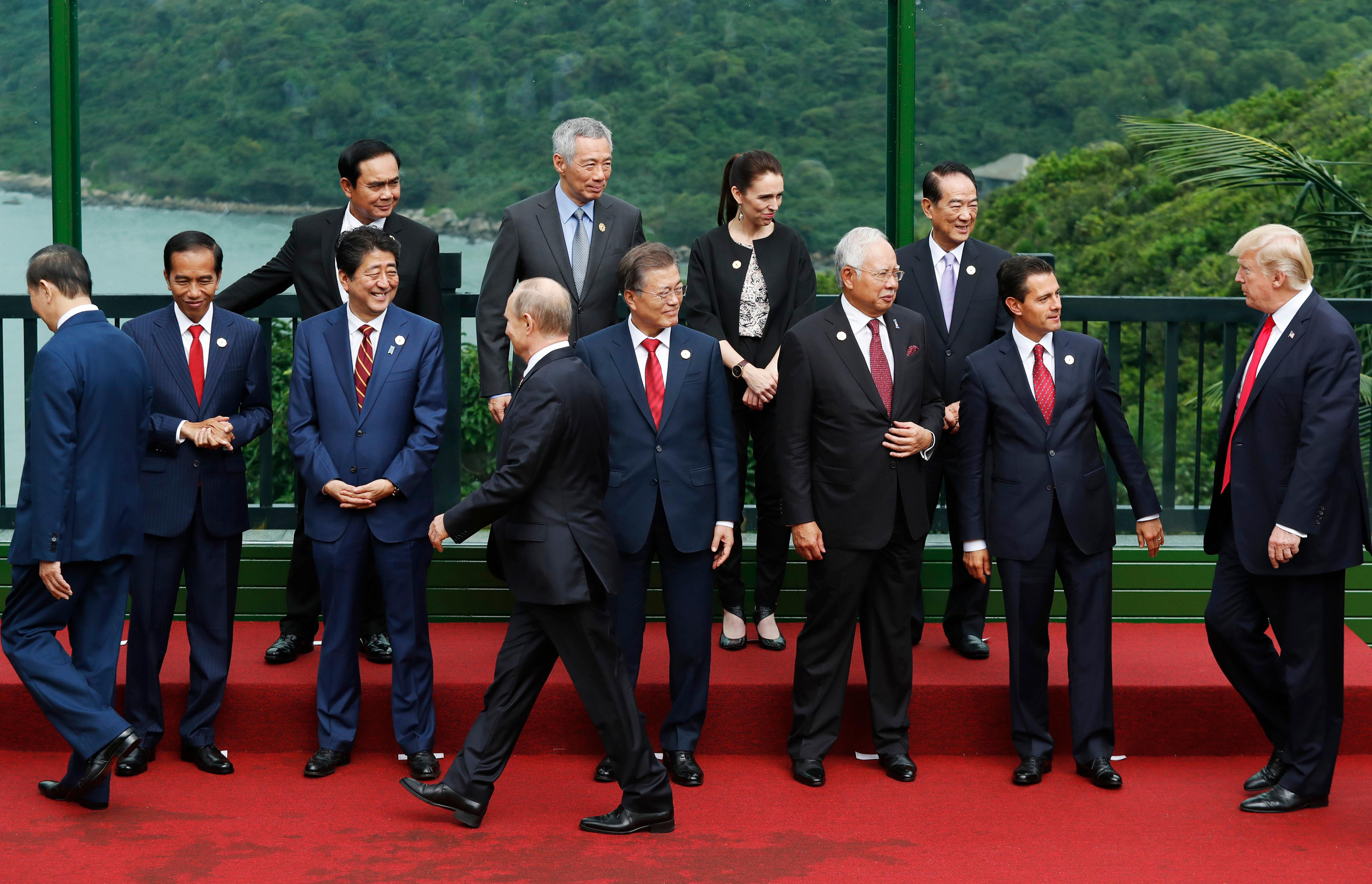 Leaders attend the family photo session at the APEC Summit in Danang, Vietnam, Saturday, Nov. 11, 2017. {&amp;nbsp;}(Jorge Silva/Pool Photo via AP)<p></p>