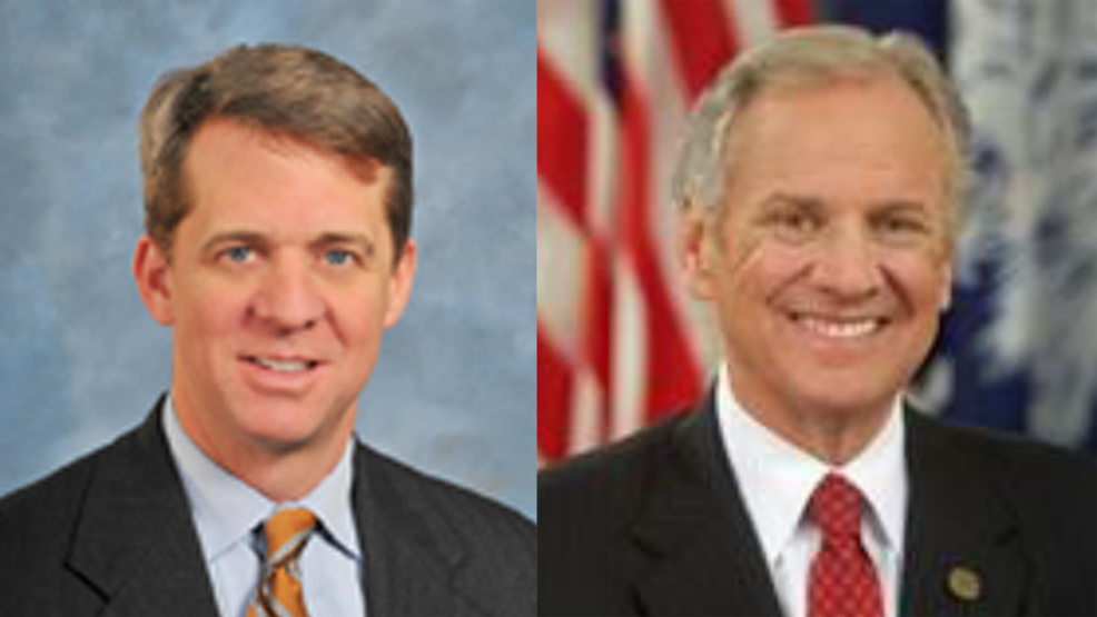 James Smith [L] and Gov. Henry McMaster [R].png