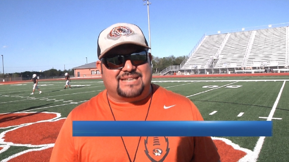 Mercedes Father-Son Duo Taking Different Approaches To Rivalry Game With Edcouch-Elsa