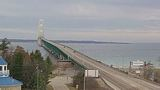 High wind warning issued for the Mackinac Bridge