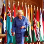 Queen stresses importance of friends, family during pandemic