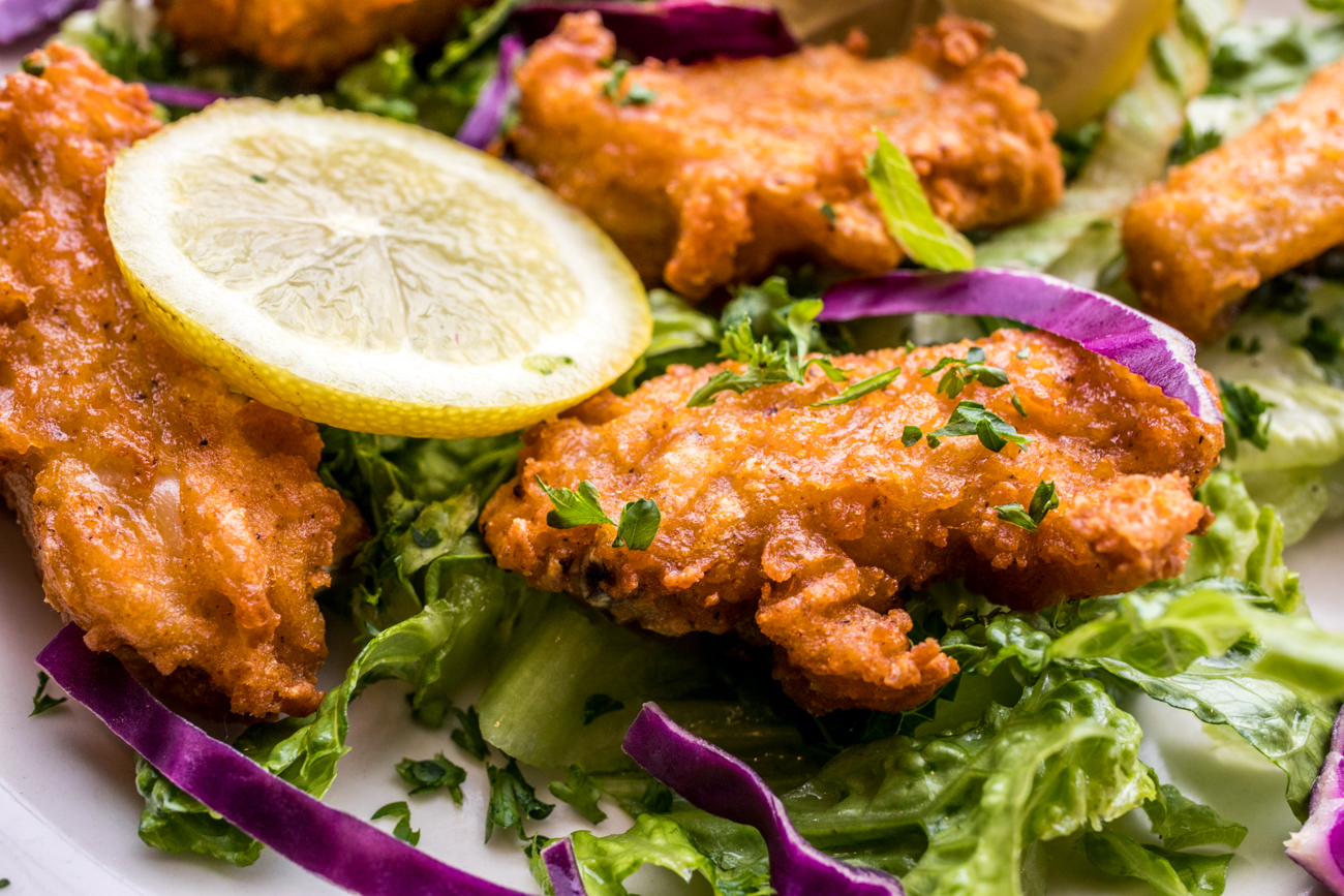 Spicy Chicken Wings / Image: Catherine Viox // Published: 9.23.20