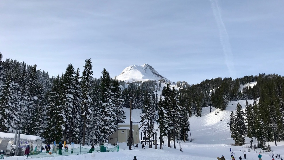 Mt. Hood Meadows starts demand-based pricing to offset 'peak day' problems | KATU