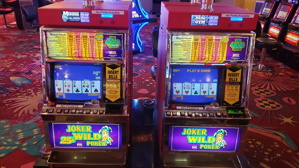 Plaza Hotel plans to give away vintage, coin-operated slot machines