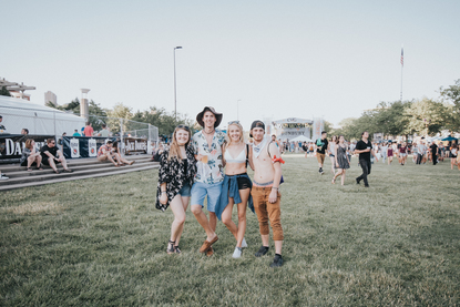 Fashion Report: Fun Festival Looks From Friday At Bunbury