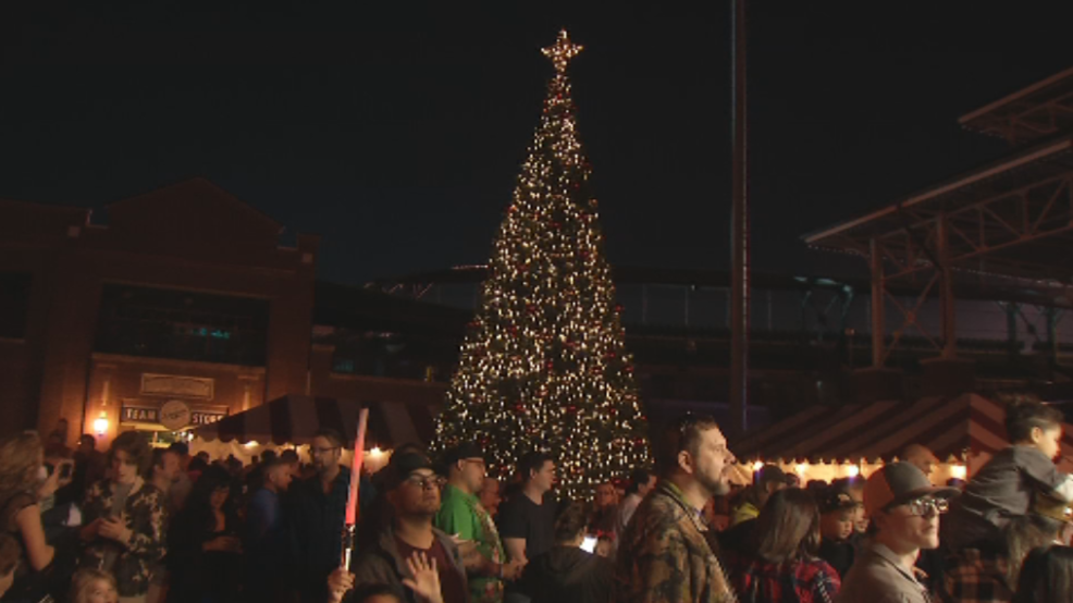 christmas tree lights up downtown okc