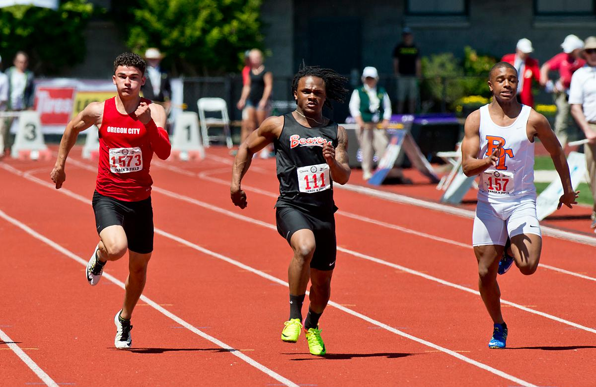 Anthony Albright of Beaverton wins the 6A Boys 100 meter dash with a time of 10.54  at the OSAA Track Championship at Hayward Field Saturday. Photo by Dan Morrison, Oregon News Lab