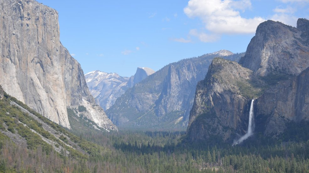 Two climbers fall to their deaths off El Capitan in Yosemite