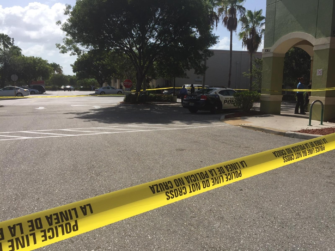 Shooting At Walgreens Under Investigation In Palm Beach