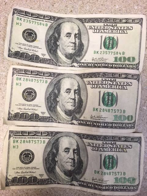 Police looking for Union Gap store-goers using fake $100 bills