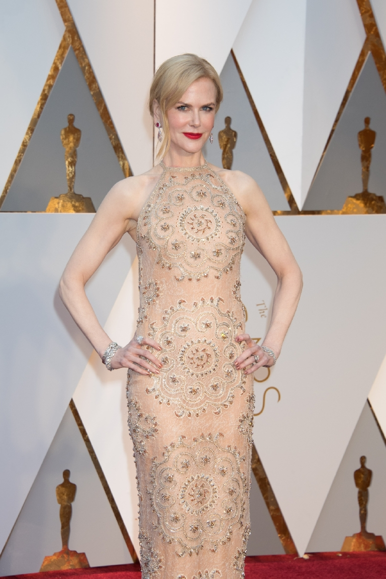 Nicole Kidman, Oscar® nominee, arrives on the red carpet of The 89th Oscars® at the Dolby® Theatre in Hollywood, CA on Sunday, February 26, 2017. (A.M.P.A.S.)