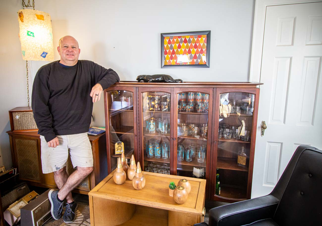 "Starting as&nbsp;<a href=""http://cincinnatirefined.com/arts-design/midcentury-modern-rescue-jeff-molski-in-cincinnati-saves-furniture-and-other-vintage-finds"" target=""_blank"" title=""http://cincinnatirefined.com/arts-design/midcentury-modern-rescue-jeff-molski-in-cincinnati-saves-furniture-and-other-vintage-finds"">a side hustle restoring Mid-century modern furniture</a>&nbsp;four years ago, Mid-Century Modern Rescue has become a full-time business for Jeff Molski. He now rents a 1960s home in Madisonville where he can stage his pieces and have space to store his collection. While furniture remains the main focus of his restorations, he's also worked with everything from décor to vehicles that date back to the 50s and 60s. / Image: Katie Robinson, Cincinnati Refined // Published: 12.14.20"