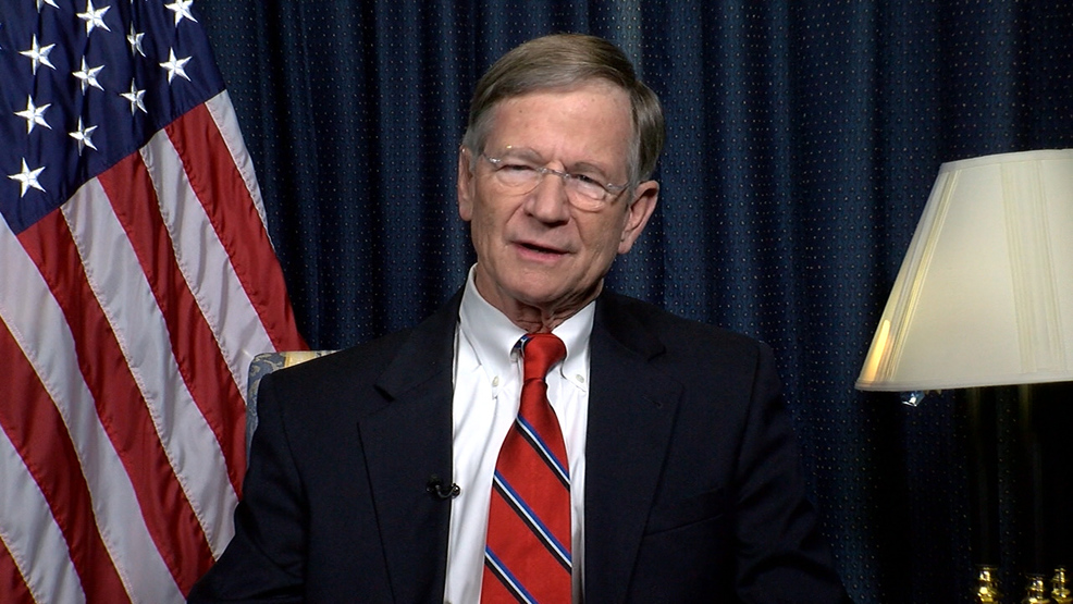 lamar smith.jpg
