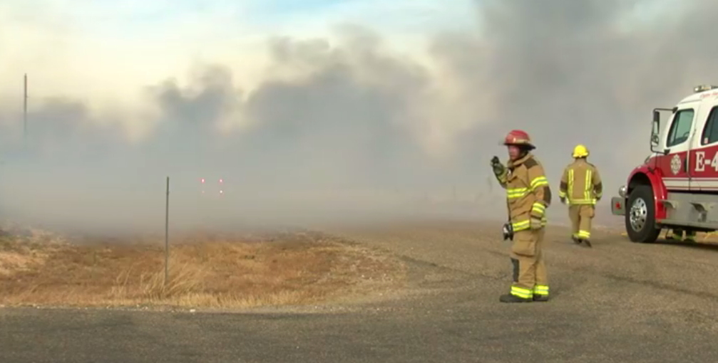 Several structures are being lost due to a fire that started as a grass fire in La Paloma and has spread to buildings. (ABC 7 Amarillo - Steve Douglass)<p></p>