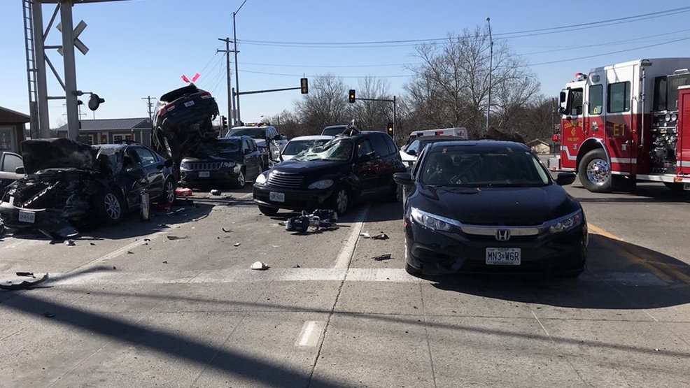 responding to a multi car accident Police officers in portland responded to a multi-vehicle crash near northeast 35th avenue and northeast prescott street that involved a stolen car saturday afternoon officials with the portland.