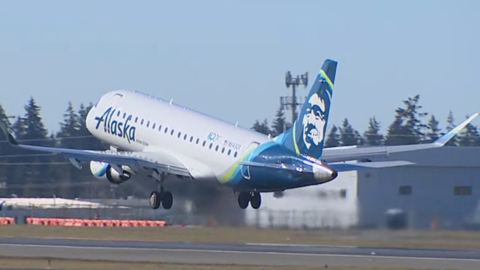 Everett's Paine Field to reopen in August with limited service