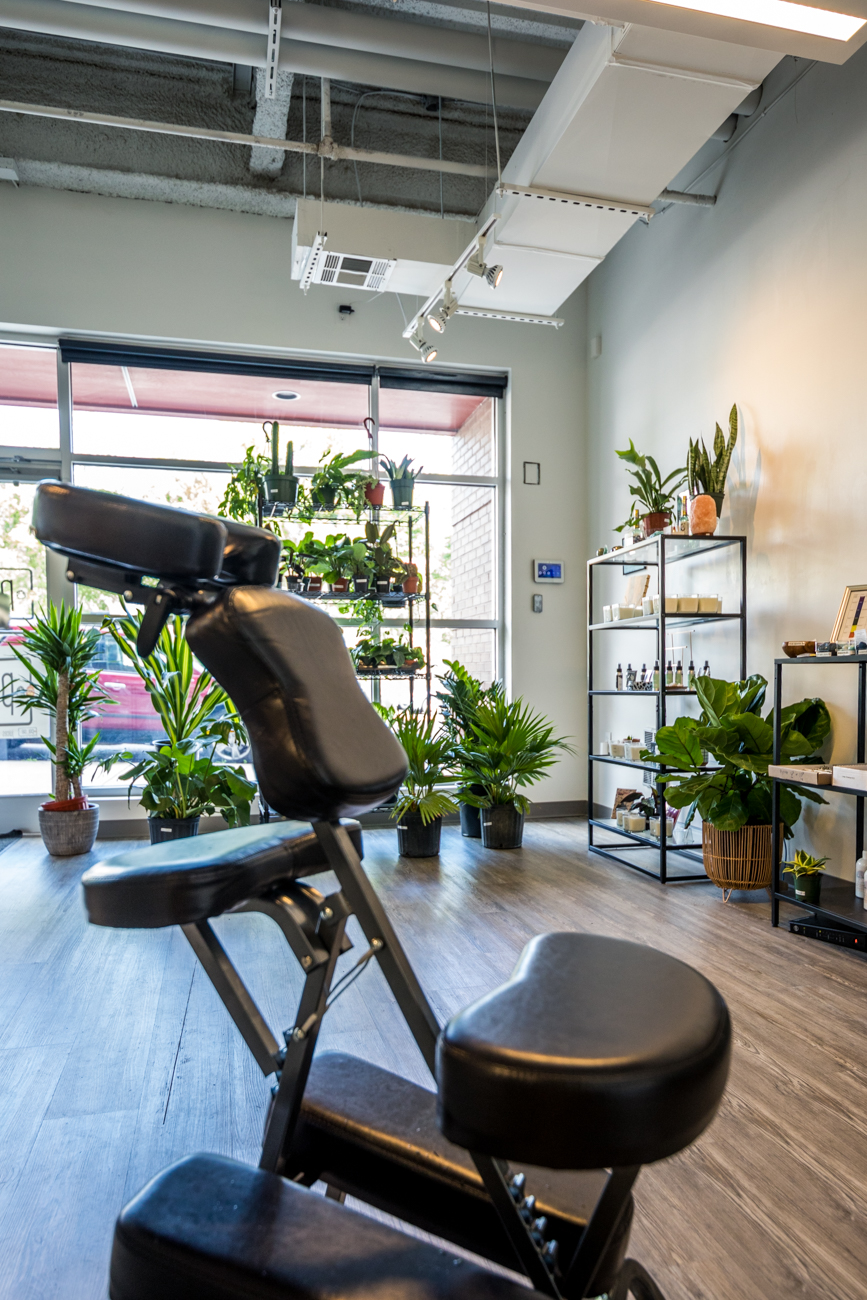 Perfect Touch Helps, owned by Lolitha Perry, is where customers can enjoy traditional massage treatments. / Image: Catherine Viox // Published: 8.4.20