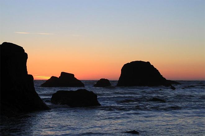 Sunset from Ruby Beach (Photo Courtesy YouNews contributor: jbosox)