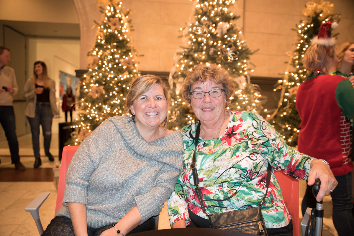 Cheryl Walsh and Beverly Bodin / Image: Sherry Lachelle Photography // Published: 12.23.16