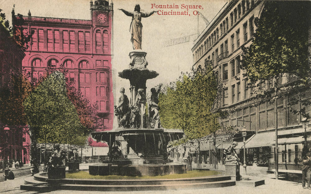 Fountain Square, looking west toward Vine Street / DATE: Early 1900s / COLLECTION: Public Library of Cincinnati and Hamilton County, Cincinnati postcard collection / Image courtesy of the digital archive of The Public Library of Cincinnati and Hamilton County // Published: 4.4.18