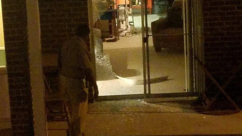 Florence woman finds burglar inside her apartment   WPDE