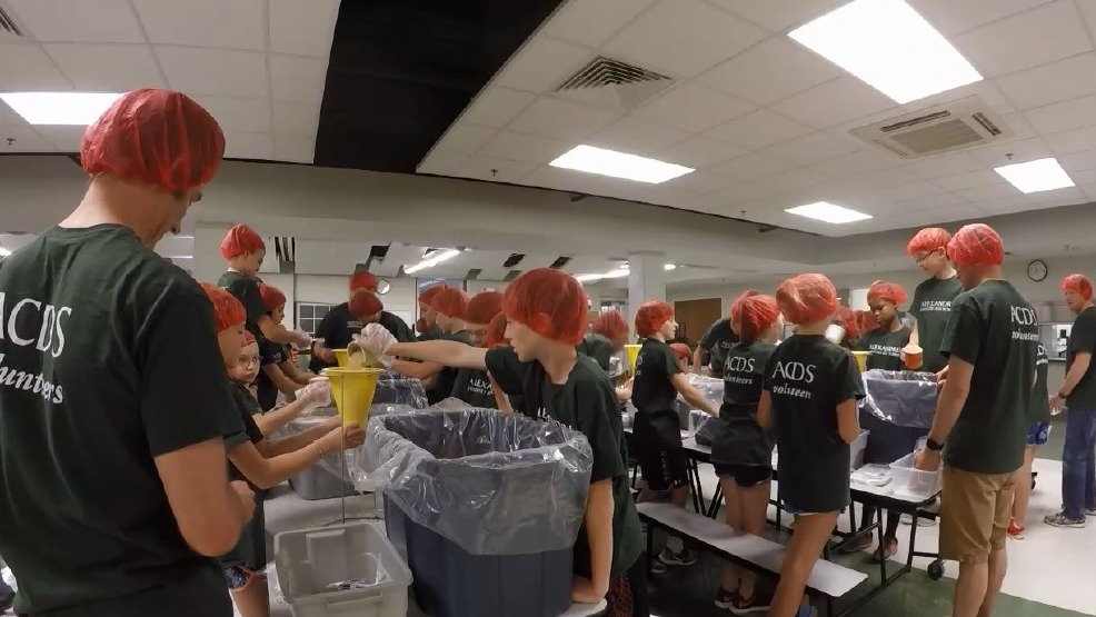 Alexandria students pack 20 000 meals to feed the hungry for Carters in alexandria va
