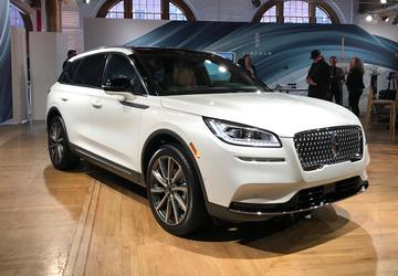 2019 New York Auto Show: Lincoln adds another star to its lineup
