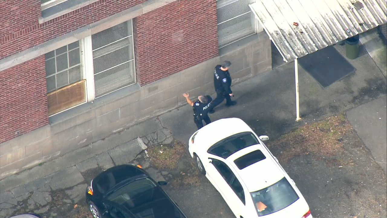 Police investigate after a shot was fired Monday, Feb. 26, 2018, at Tacoma's Oakland High School. (Photo: KOMO News)