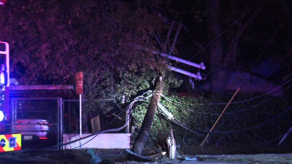 A rollover accident knocked power out to about 1,700 CPS Energy customers on Monday, December 11, 2017. (Photo: Sinclair Broadcast Group)