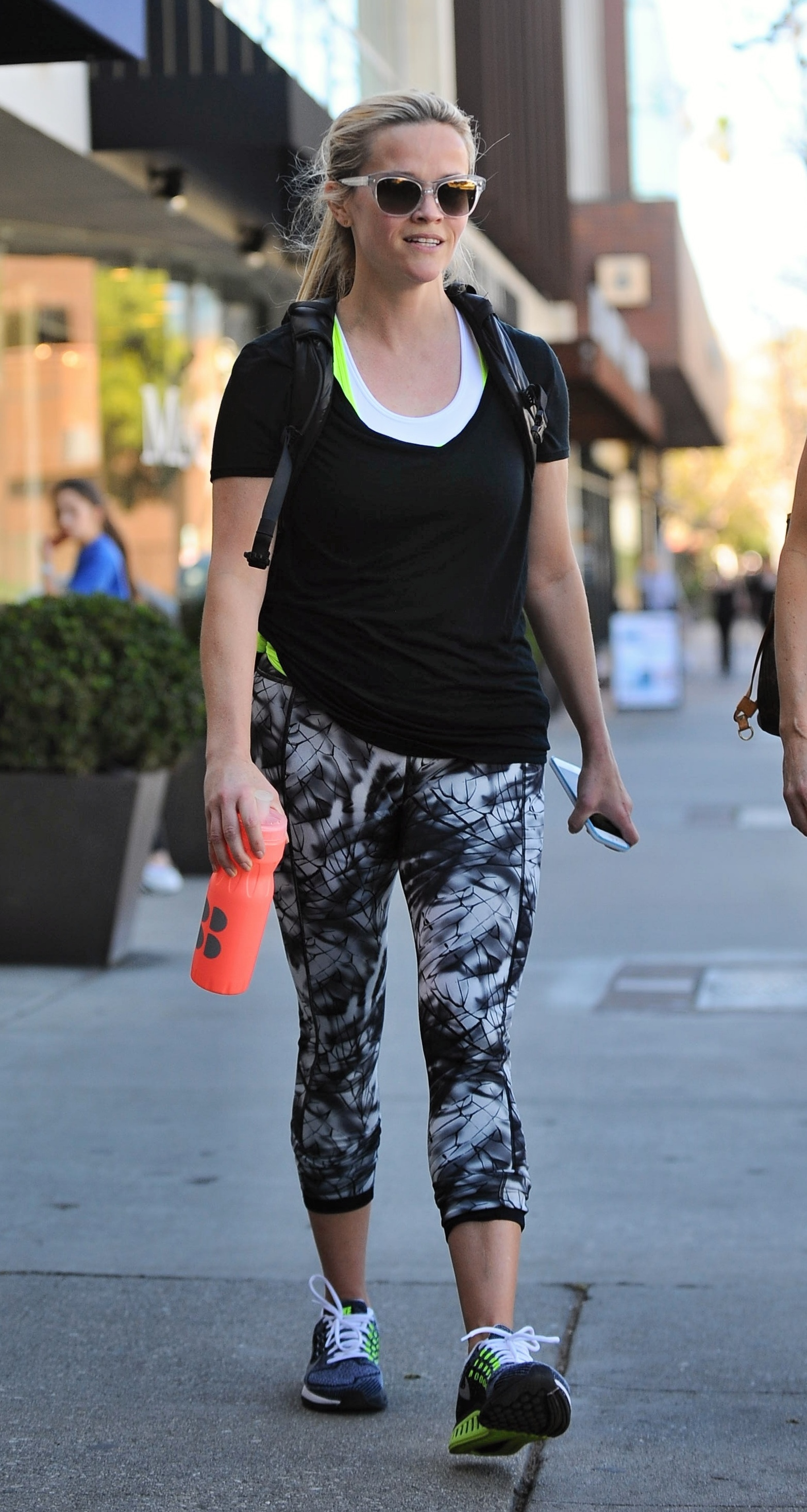 Reese Witherspoon leaving her yoga class                                    Featuring: Reese Witherspoon                  Where: Brentwood, California, United States                  When: 15 Feb 2016                  Credit: WENN.com