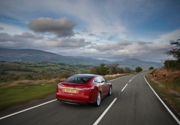 Tesla electric cars have quality issues, but owners love them regardless